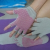 (พรีออเดอร์) ถุงมือ ถุงเท้าโยคะ กันลื่น YKSM40-18