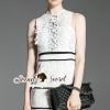 ชุดเดรสเกาหลี พร้อมส่งLacely Portrait Princess Ivory Dress