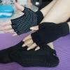 (พรีออเดอร์) ถุงมือ ถุงเท้าโยคะ กันลื่น YKSM40-16