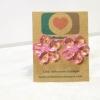 E29047 The Pink Plastic Flower ต่างหูพลาสติก,ต่างหูก้านพลาสติก,ต่างหูเด็ก
