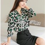 เขียว Leopard Print Shirt