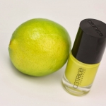 CATRICE ULTIMATE Nail LACQUER #12 Walk the lime 10ml.ยาทาเล็บสีเงา