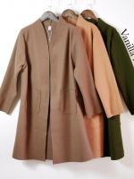 เสื้อผ้าเกาหลีพรอมส่ง โค้ชตัวยาวคอพับยาว แต่งกระเป๋าข้าง 2 ด้าน