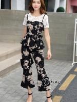 เสื้อผ้าแฟชั่นพร้อมส่ง Creamy Floral Lifestyle Black Set