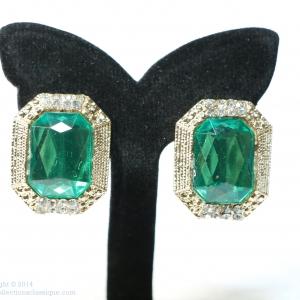 E79035 The Grand Emerald ต่างหูพลอย