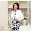 เสื้อผ้าเกาหลี พร้อมส่ง เสื้อสูทแขนยาวสีขาว + เดรสสั้นลายดอกไม้สีฟ้า thumbnail 3