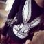 เสื้อผ้าเกาหลี พร้อมส่ง เสื้อแขนยาวปักเหลื่อมลายกระต่าย Bug Bunny thumbnail 10