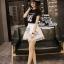 เสื้อผ้าเกาหลี พร้อมส่งเซ็ทเสื้อกับกระโปรงแบรนด์เนม ดีเทลแต่งรูปน้องแมวน่ารัก thumbnail 7