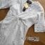 ชุดเดรสเกาหลี พร้อมส่งเดรสผ้าคอตตอนปักและฉลุลายทวิสต์สีขาว thumbnail 11