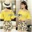 เสื้อผ้าเกาหลี พร้อมส่งเซ็ตเสื้อเปิดไหล่สีเหลืองและกระโปรงกางเกงพิมพ์ลายเลมอน thumbnail 8