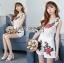 เสื้อผ้าเกาหลี พร้อมส่งเพลย์สูทขาสั้นผ้าลูกไม้ปักดอกกุหลาบสีแดง3D thumbnail 4