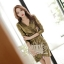 เสื้อผ้าเกาหลี พร้อมส่ง เดรสหรู ลุคสาวมั่น เนื่อผ้าทอพิเศษอย่างดีสีทองมันวับ thumbnail 5