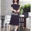 ชุดเดรสเกาหลีพร้อมส่ง เดรสผ้าเครปลายจุดสีขาว-ดำทรงเปิดไหล่ thumbnail 4