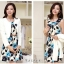 เสื้อผ้าเกาหลี พร้อมส่ง เสื้อสูทแขนยาวสีขาว + เดรสสั้นลายดอกไม้สีฟ้า thumbnail 2