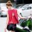 เสื้อผ้าเกาหลี พร้อมส่งเสื้อวางงานปักลายสี่เหลี่ยมแมทซ์กับกางเกงขาสั้นสีดำ thumbnail 2