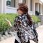 ( พร้อมส่งเสื้อผ้าเกาหลี) เสื้อคลุมเนื้อผ้าชีฟองเนื้อหนาสวยอย่างดี ดูผู้ดีด้วยทรงสูทตัวยาว อินเทรนด์ต้อนรับ Winter เนื้อผ้าใส่สบายมากคะ สาวๆ ใส่คลุมกับเสื้อกล้าม หรือ เสื้อยืด จะใส่คู๋กับกางเกงขาสั้นก็ดูชิค thumbnail 6