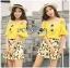 เสื้อผ้าเกาหลี พร้อมส่งเซ็ตเสื้อเปิดไหล่สีเหลืองและกระโปรงกางเกงพิมพ์ลายเลมอน thumbnail 7