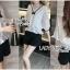 เสื้อผ้าเกาหลีพร้อมส่ง เสื้อผ้าลูกไม้สีขาวตกแต่งริบบิ้นสีดำสไตล์วินเทจ thumbnail 2