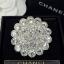พร้อมส่ง เข็มกลัด Chanel งานเพชรชวารอฟสกี้งานฝัง thumbnail 2