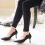 รองเท้าคัทชู CÉLINE Style รองเท้าคัทชูหัวแหลม ทรงสวย ดีเทลหนัง Nubuck อัพดีกรีความเก๋ และดูไฮขึ้นไปอีกด้วยการแต่งอะไหล่ทองดีไซน์หยดนำ้ด้านหลังรองเท้า ด้านข้างดีไซน์เก๋ โฉบเฉี่ยวดุจคลื่นนำ้ ส้นสูงเรียว Wow!!! สวยเวอร์จร่าาา สีสวยสุดดูดี ไฮโซเวอร์ คู่นี้สาว thumbnail 3