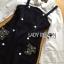 เสื้อผ้าเกาหลี พร้อมส่งเชิ้ตสีขาวแขนบานพร้อมเดรสผ้าเดนิมติดกระดุมสองแถวปักเลื่อม thumbnail 8