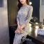 ชุดเดรสเกาหลีพร้อมส่ง ชุดLong dress ลูกไม้สีเทาเรียบหรู thumbnail 4