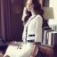 เสื้อผ้าเกาหลี พร้อมส่ง เซ็ตเสื้อคลุมโทนสีขาวตัวสั้นตัดแต่งขอบสีดำ thumbnail 7