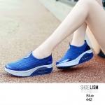 รองเท้าผ้าใบลำลอง พร้อมรูระบายอากาศ [สีน้ำเงิน]