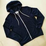 เสื้อกันหนาวผ้าสำลี มีฮู๊ดสีเทาเข้ม SIZE M (แบรนด์ goods & apparel แท้)