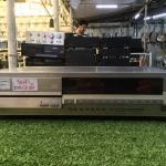 เครื่องเล่น CD YAMAHA CDX-600 สินค้าไม่พร้อมใช้งาน (ต้องซ่อม)
