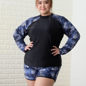 ชุดว่ายน้ำกัน uv เสื้อ +กางเกง 8xl รอบอก 48-56 รอบเอว 42- 54 สะโพก 54-62 ตัวเสื้อยาว 29 กางเกงยาว 15 รอบวงแขน 22-32 นิ้วค่ะ ผ้าดี งานสวย มีฟองน้ำบังทรงค่ะ