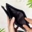 กระเป๋าสตางค์หนังแท้ ผู้ชาย ทรงตั้ง รุ่น GUBINTU Line Button Zip Black สีดำ thumbnail 10