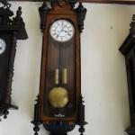 นาฬิกาไหมซอตู้นางนอก