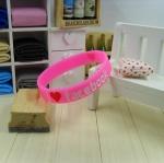 สายรัดข้อ Wristband ริสแบนด์ I Love Facebook สีชมพู