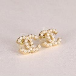 Classic Chanel Pearl Earing ต่างหูสไตล์ชาแนลแต่งมุกสุดคลาสสิค