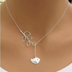 Little Bird & Leaf Necklace สร้อยคอนกน้อยในป่าใหญ่